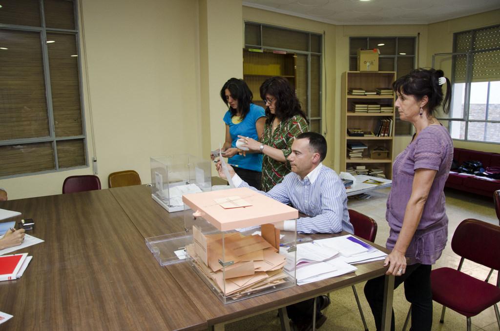 La participaci n en la elecciones de nuestro pueblo ha for Ministerio del interior en ingles